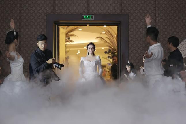 Ca sĩ Tân Nhàn bất ngờ kết hôn với một Phó giáo sư trẻ ảnh 5