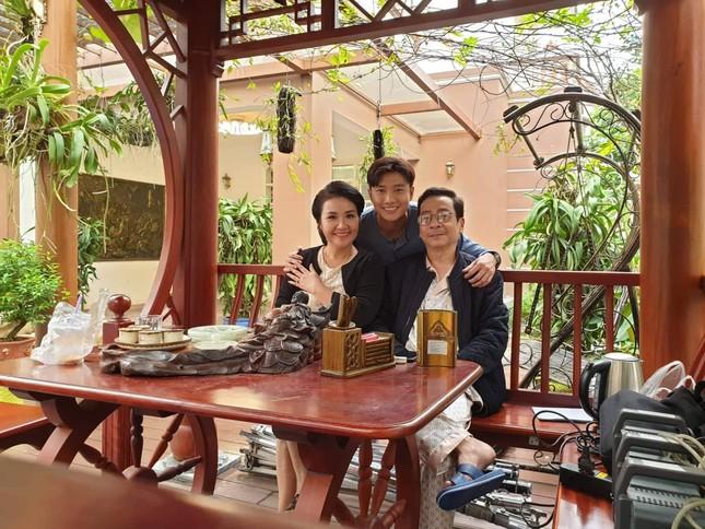 'Mẹ chồng quốc dân' Ngân Quỳnh nhớ thời đóng 'Về nhà đi con' cùng NSND Hoàng Dũng ảnh 1