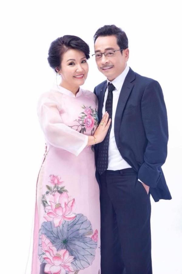 'Mẹ chồng quốc dân' Ngân Quỳnh nhớ thời đóng 'Về nhà đi con' cùng NSND Hoàng Dũng ảnh 3