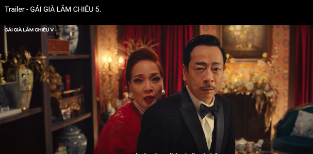 Gái già lắm chiêu V: Kaity Nguyễn gợi cảm 'đối đầu' mẹ Lê Khanh tại Hà Nội ảnh 2