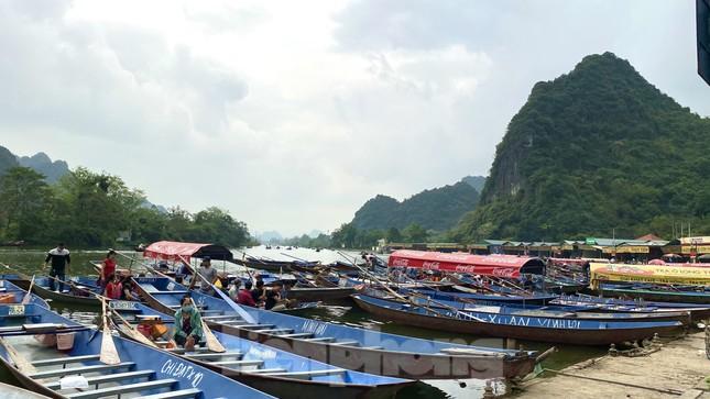 Lễ hội chùa Hương: Đón hơn 4 vạn khách, không còn cảnh 'tả tơi' đi hội ảnh 3