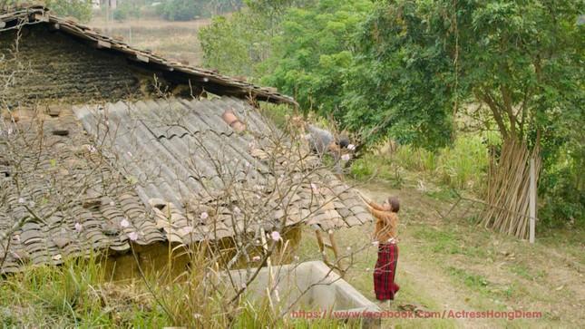 Rò rỉ ảnh lãng mạn của Hồng Diễm-Quốc Đam trong 'Hướng dương ngược nắng' ảnh 3
