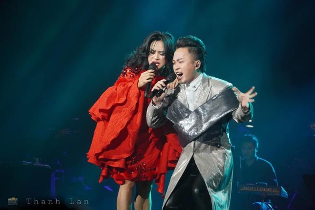 Đêm nhạc đặc biệt tôn vinh Đoàn Chuẩn - Phú Quang ảnh 2
