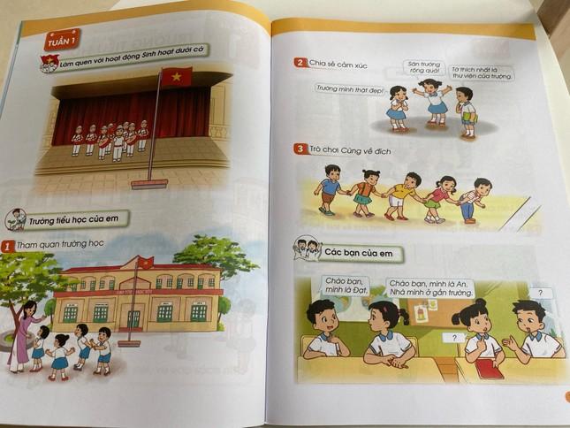 Hé lộ những trang đầu tiên trong bộ sách giáo khoa mới ảnh 4