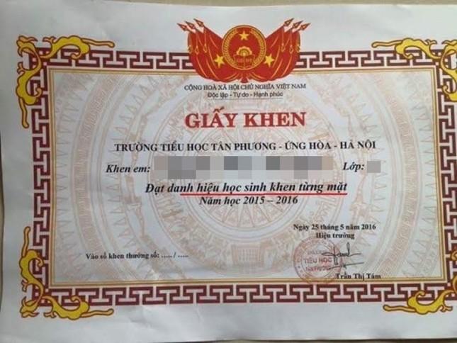 Bộ trưởng Phùng Xuân Nhạ: Không lạm dụng giấy khen vì dễ tác dụng ngược ảnh 1