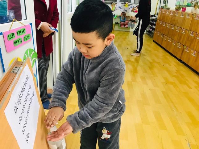 Sáng nay, hơn hai triệu học sinh Hà Nội trở lại trường ảnh 10