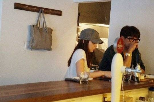Bi Rain và Kim Tae Hee lần đầu bị bắt gặp hẹn hò ảnh 1