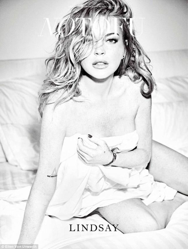 Lindsay Lohan tái xuất gợi cảm bất ngờ ảnh 14