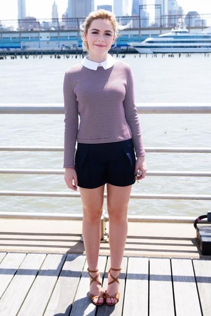 Gout thời trang 'nhìn là mê' của nữ diễn viên 16 tuổi ảnh 19