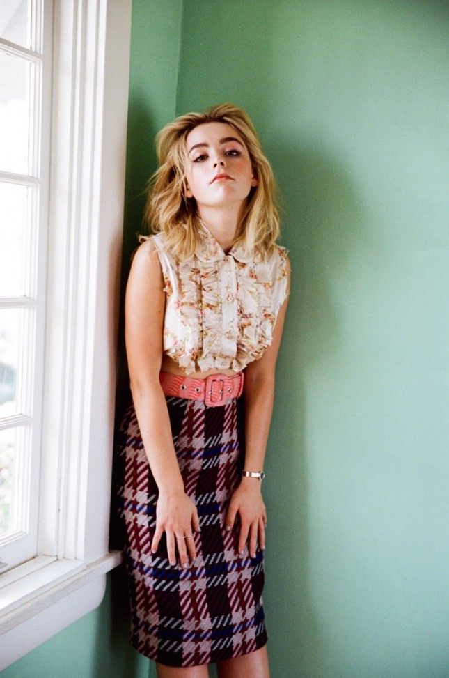 Gout thời trang 'nhìn là mê' của nữ diễn viên 16 tuổi ảnh 5