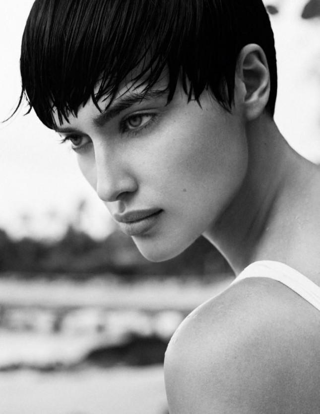 Irina Shayk khác lạ với tóc tém ảnh 7