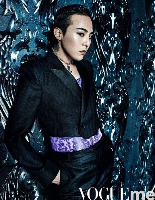 G-Dragon trang điểm đậm, tình tứ bên nàng mẫu gợi cảm Bella Hadid ảnh 6