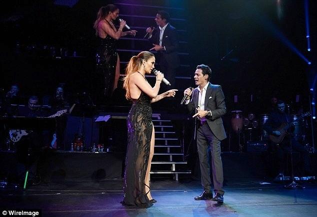 Jennifer Lopez quyến rũ mê hồn khi hòa giọng cùng chồng cũ ảnh 3