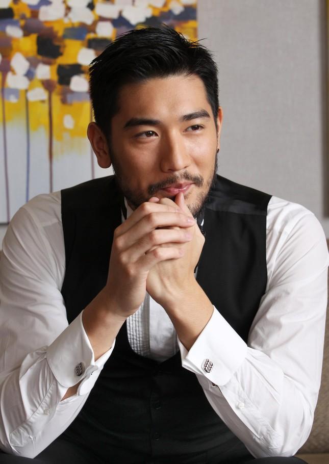 Gặp gỡ siêu mẫu gợi cảm đóng vai nam thần 'Vương Lịch Xuyên' ảnh 9