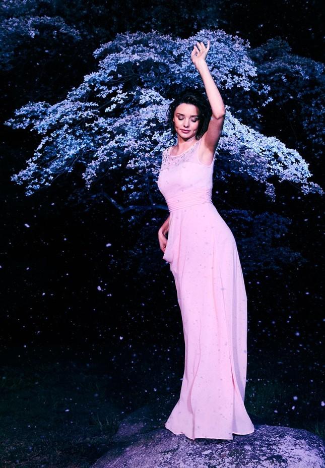 Miranda Kerr ngày càng quyến rũ nhờ tình yêu viên mãn ảnh 19