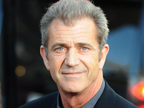 Sao Hollywood Mel Gibson sắp đón con thứ 9 với bạn gái kém 34 tuổi ảnh 6