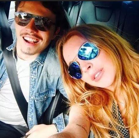 Lindsay Lohan cay đắng thừa nhận tự mua nhẫn đính hôn ảnh 2