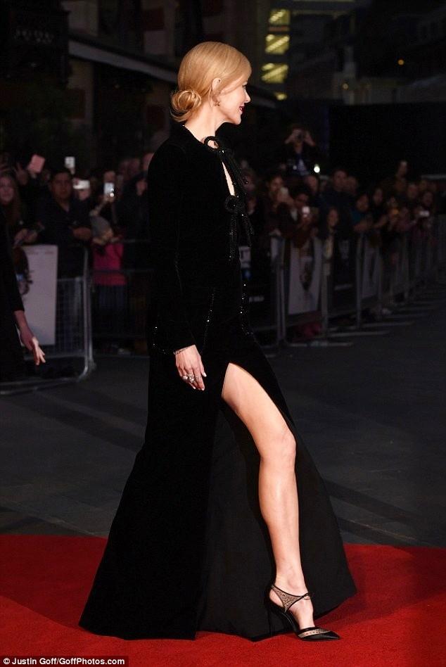Ngỡ ngàng sắc vóc trẻ đẹp rực rỡ của Nicole Kidman ảnh 6