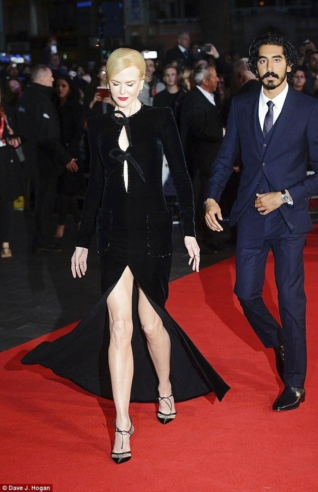 Ngỡ ngàng sắc vóc trẻ đẹp rực rỡ của Nicole Kidman ảnh 7