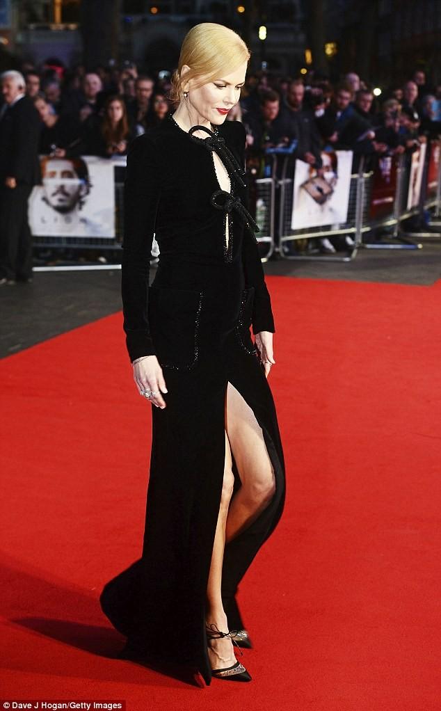 Ngỡ ngàng sắc vóc trẻ đẹp rực rỡ của Nicole Kidman ảnh 5