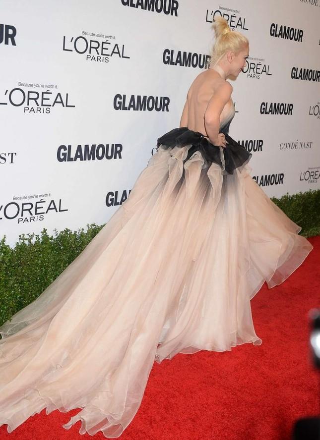Gwen Stefani lưng trần quyến rũ trong tiệc của Glamour ảnh 6