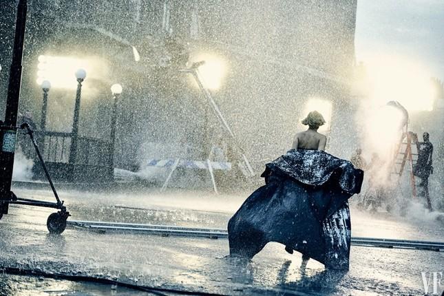 Người đẹp phim 'Đấu trường sinh tử' lộng lẫy như nữ thần ảnh 8
