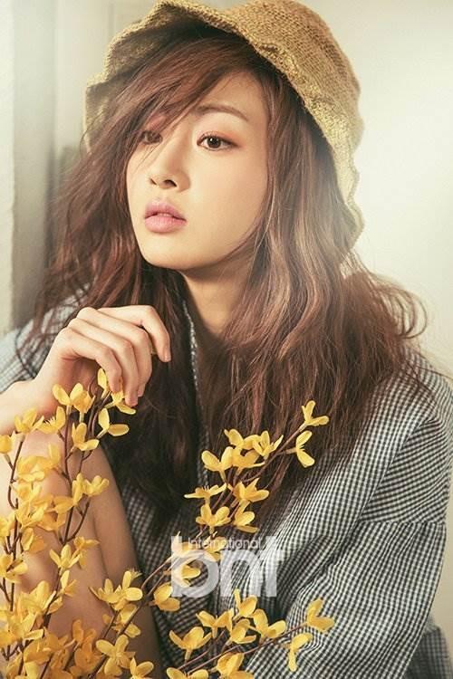Bạn trai cũ của Song Hye Kyo có người yêu mới ảnh 10