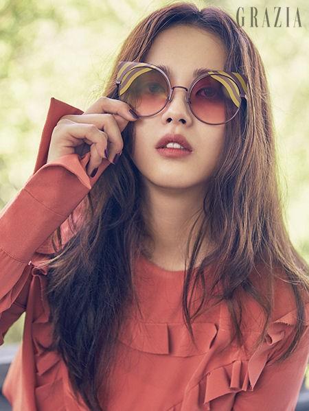 Mỹ nhân xứ Hàn xinh đẹp lung linh đón xuân ảnh 12