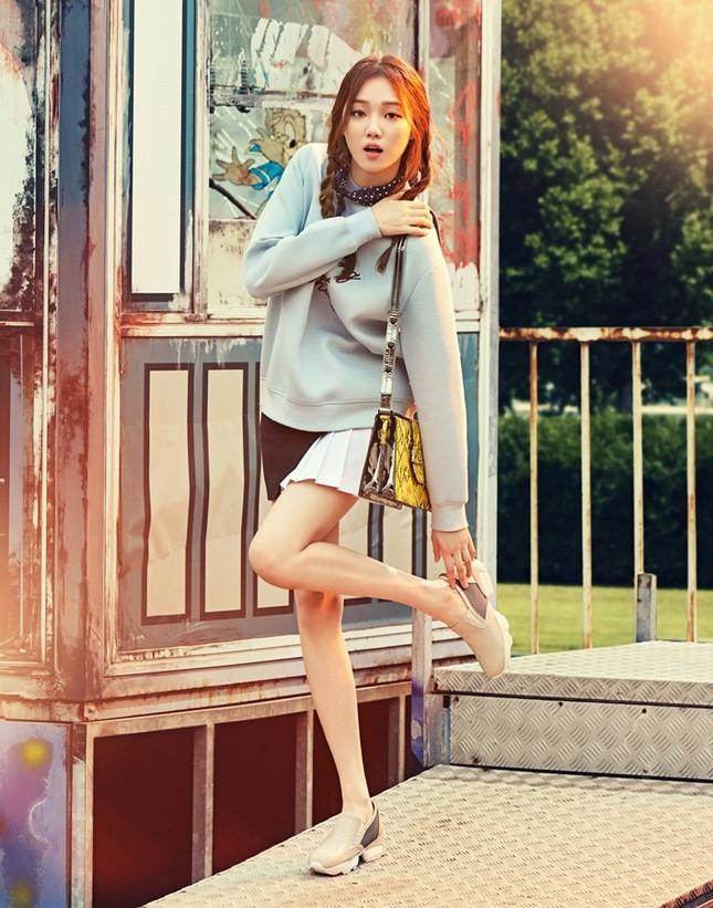 Lee Sung Kyung – 9x gợi cảm cá tính của showbiz Hàn ảnh 11