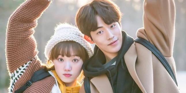 Lee Sung Kyung – 9x gợi cảm cá tính của showbiz Hàn ảnh 35