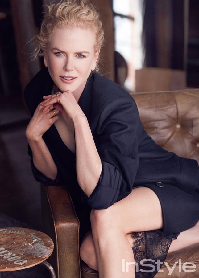 Nicole Kidman quyến rũ mê mẩn dù sắp 50 tuổi ảnh 3