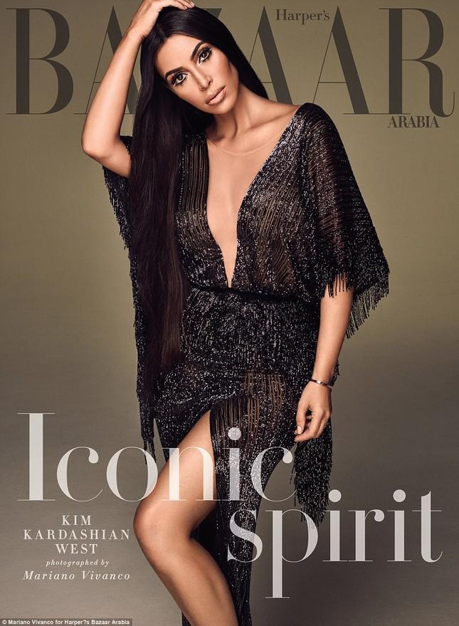 Kim Kardashian hóa 'nữ thần disco' rực lửa Cher ảnh 9