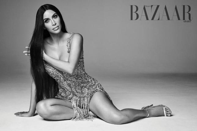 Kim Kardashian hóa 'nữ thần disco' rực lửa Cher ảnh 2