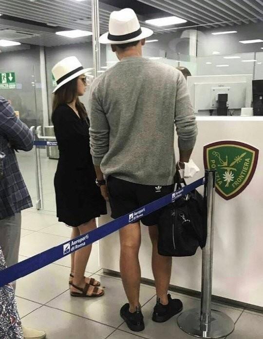 Kim Tae Hee được chồng đưa đi nghỉ ở Ý trước khi sinh con ảnh 1