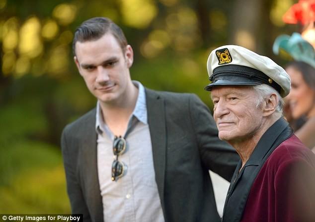 'Hoàng tử út Playboy' thừa kế một phần tài sản của người cha giàu có ảnh 2