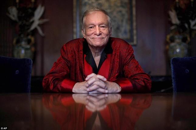 Hé lộ hình ảnh những ngày cuối đời của ông chủ Playboy ảnh 2