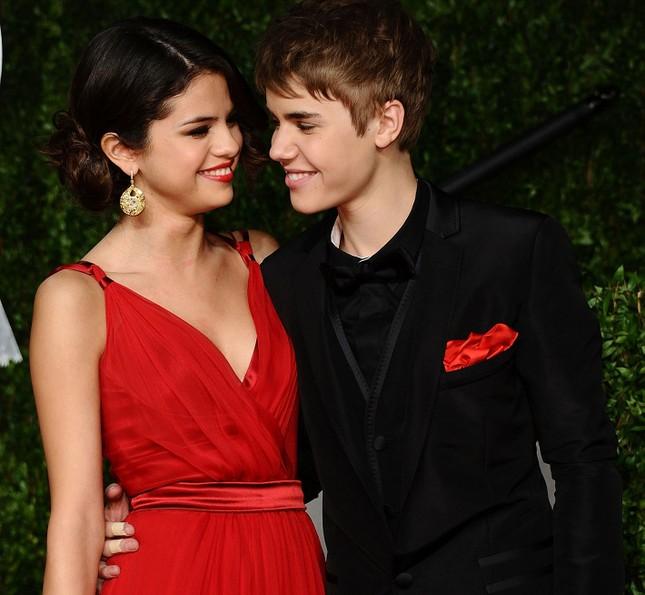 Chia tay bạn trai, Selena Gomez bị đồn quay lại với Justin Bieber ảnh 7