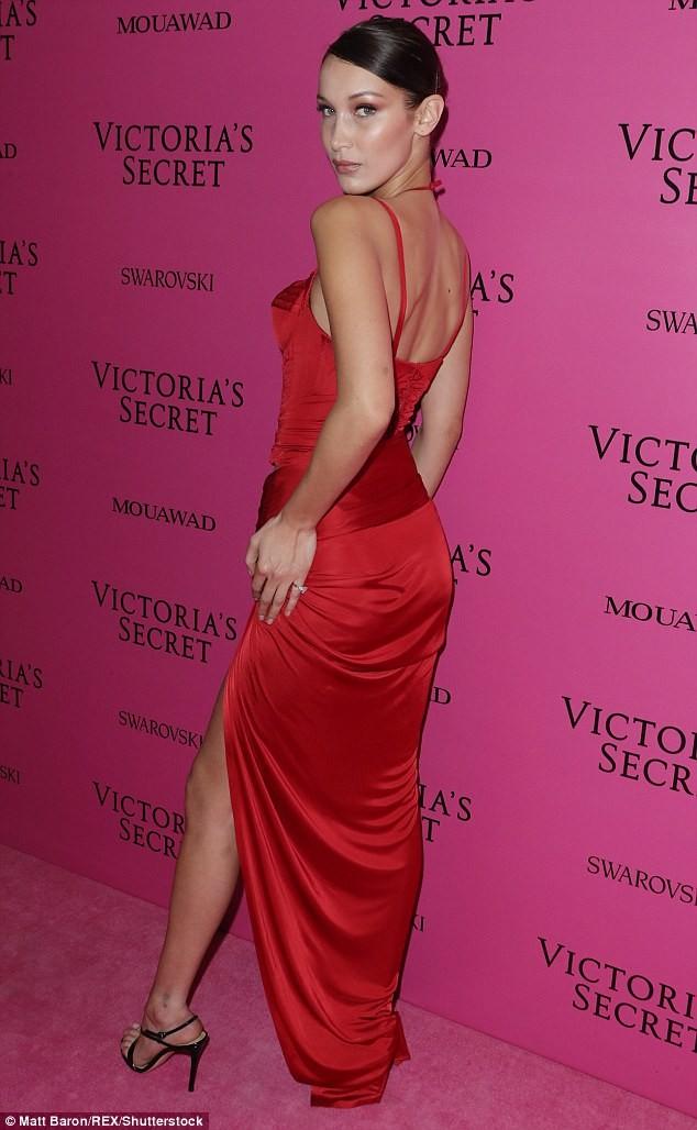 Dàn 'chân dài' Victoria's Secret siêu gợi cảm dự tiệc sau đêm diễn ảnh 4