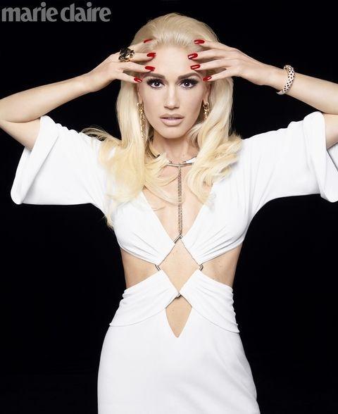 Gwen Stefani lộng lẫy, gợi cảm với đầm siêu ngắn ảnh 8