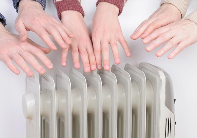Để cơ thể ấm hơn trong mùa đông, hãy ngừng 6 thói quen sau ảnh 1