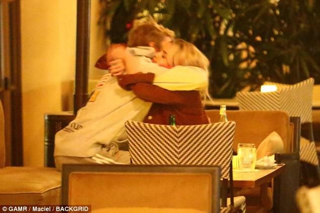 Selena Gomez quá đỗi gợi cảm, chính thức 'yêu lại từ đầu' với Justin Bieber ảnh 9