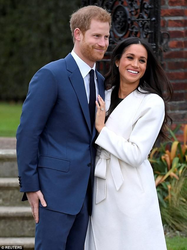Hoàng tử Harry và người đẹp Meghan Markle hé lộ ngày cưới ảnh 2