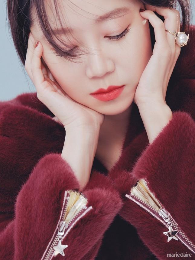 'Nữ hoàng' phim hài lãng mạn xứ Hàn bất ngờ gợi cảm ảnh 5