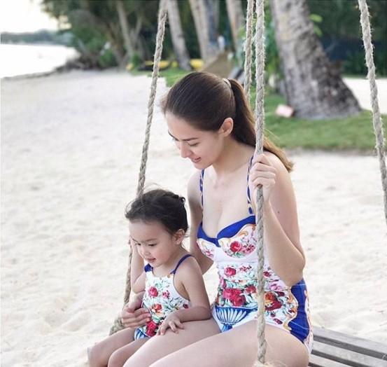 Khoảnh khắc ngọt ngào ở biển của vợ chồng mỹ nhân đẹp nhất Philippines ảnh 6
