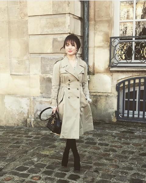 Song Hye Kyo tỏa sáng nhan sắc không tuổi tại show thời trang Dior ảnh 3