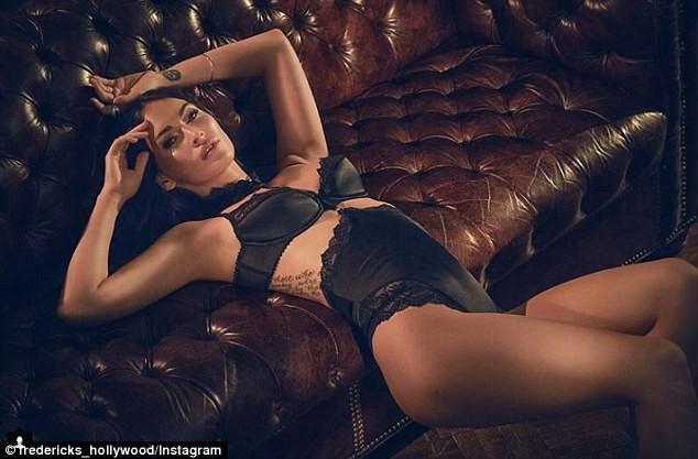 Mỹ nhân Megan Fox sinh 3 con vẫn vẹn nguyên vẻ gợi tình bốc lửa ảnh 3