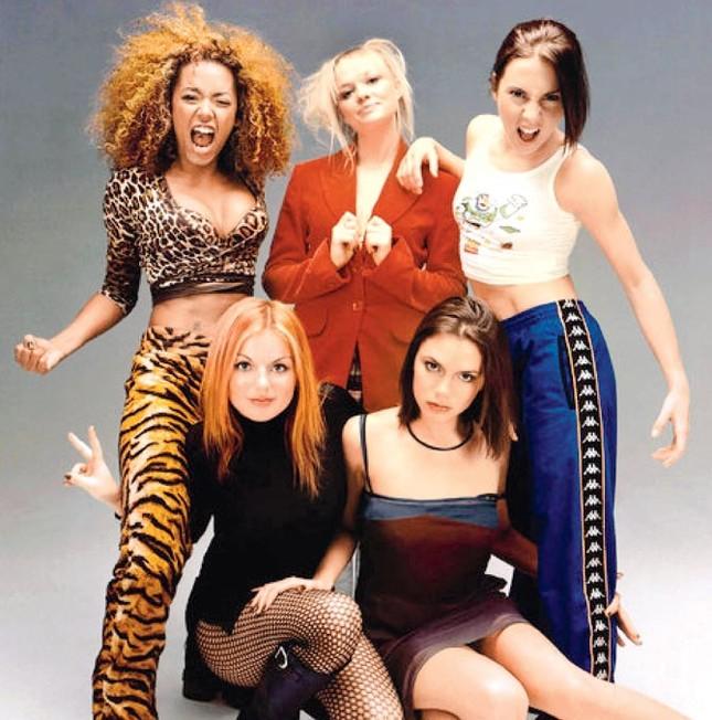 Lần đầu sau 6 năm, Spice Girls tái hợp với thù lao triệu đô ảnh 8