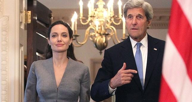 Angelina Jolie đẹp quyền lực, trả lời phỏng vấn của cựu ngoại trưởng Mỹ ảnh 8