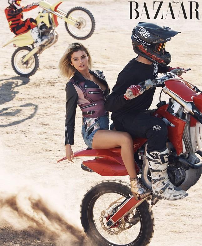 Selena Gomez đầy sức sống, đón Valentine sớm bên bạn trai Justin Bieber ảnh 8