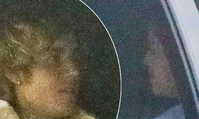 Selena Gomez đầy sức sống, đón Valentine sớm bên bạn trai Justin Bieber ảnh 1